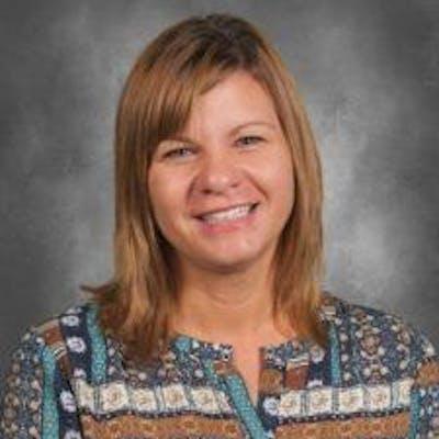 Headshot image of Theresa Niedosik