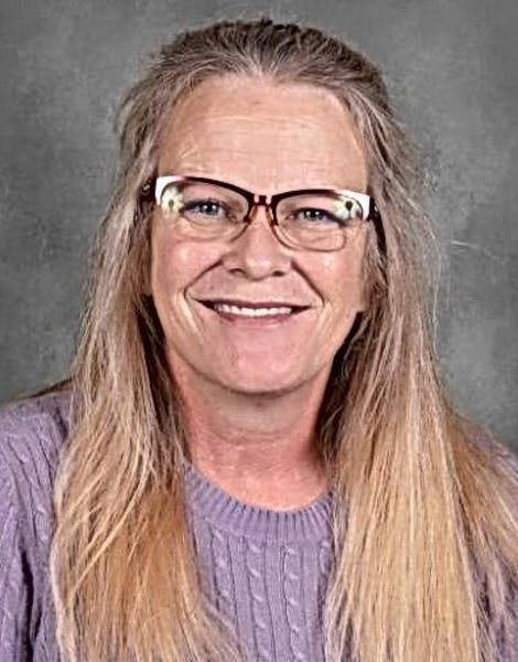 Headshot image of Peggy Thomas