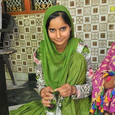 Amira Arts - I'm Nighat - Young Living Foundation Developing Enterprise