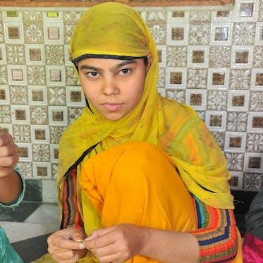 Amira Arts - I'm Neelofar - Young Living Foundation Developing Enterprise