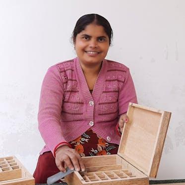 Asha Handicrafts - I'm Seema - Young Living Foundation Developing Enterprise
